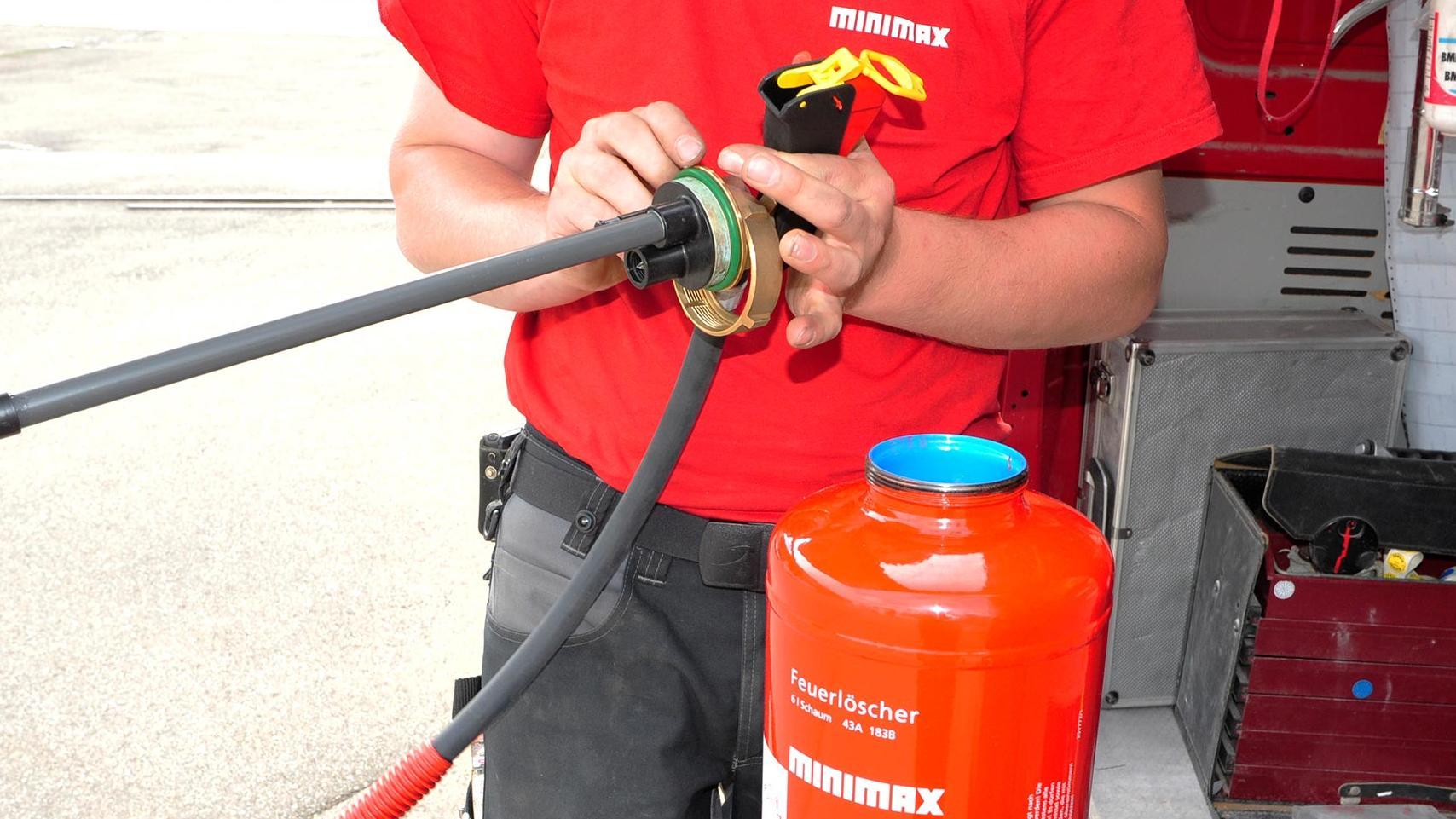 Feuerlöscher Wartung und Prüfung Kosten